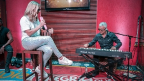 FM O Dia Acustico-Claudia Leite10