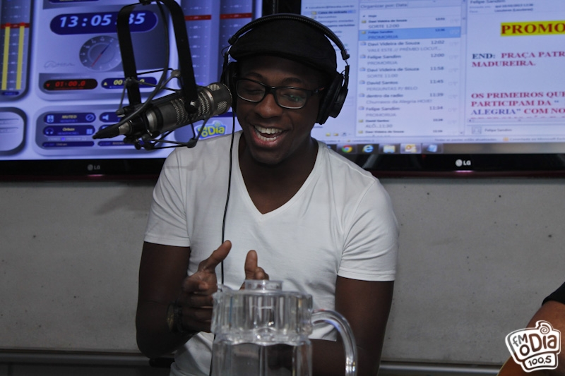 Foto: Entrevista com Mumuzinho no estúdio