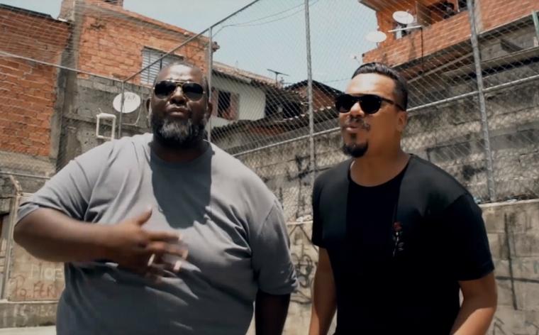 Péricles lança clipe com participação do grupo Sorriso
