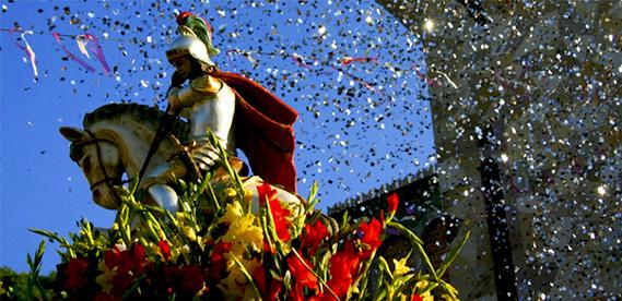 Festa de São Jorge, em Caxias