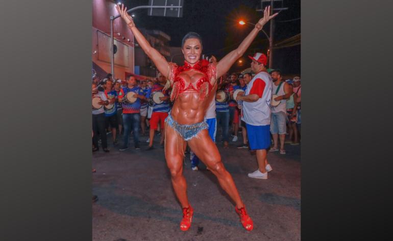Gracyane-barbosa-carnaval